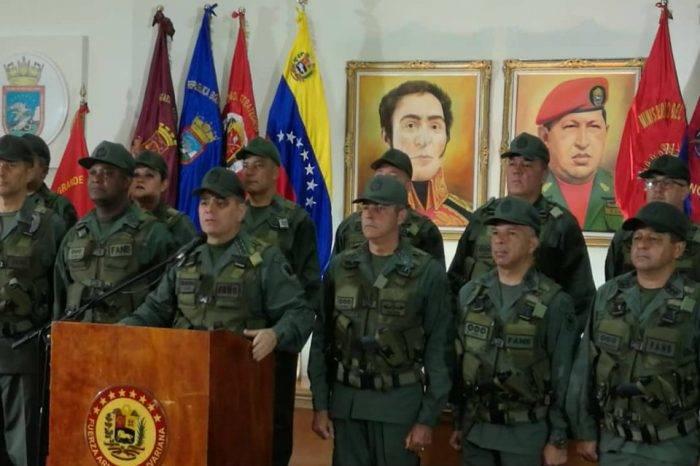 """Padrino López calificó """"atentado"""" contra Maduro de """"nefasto y pobre"""""""