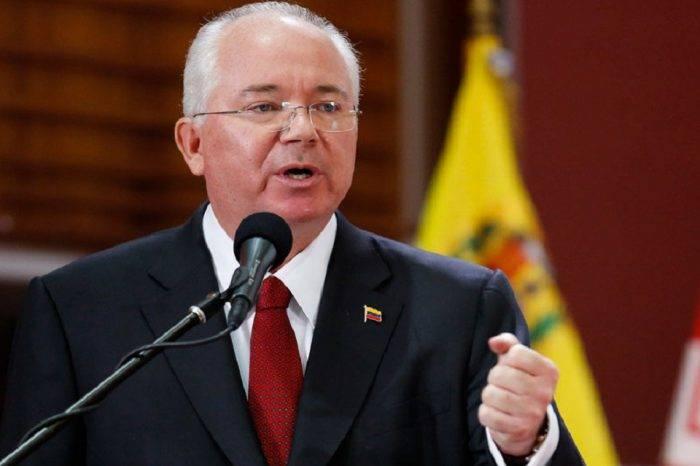 """Rafael Ramírez apoya crear una """"Junta de Gobierno"""" para la transición"""