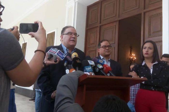 Diputados de UNT rechazan presiones de Almagro a la directiva de la AN