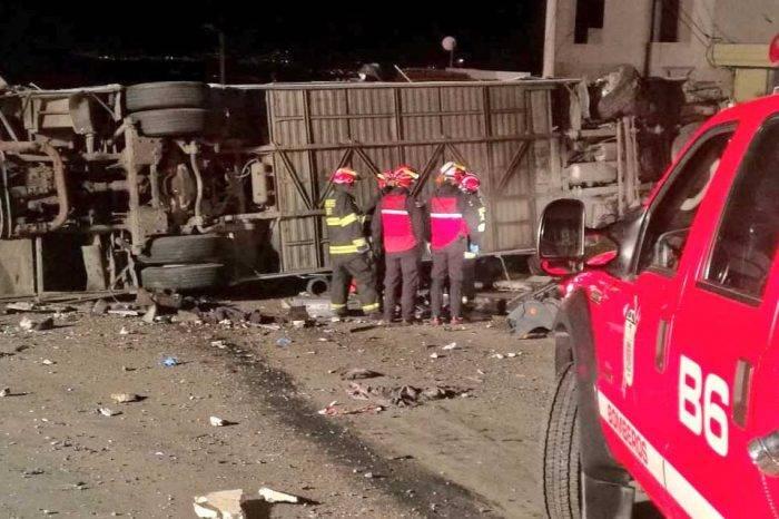 Varios venezolanos fallecieron en accidente de bus en Ecuador