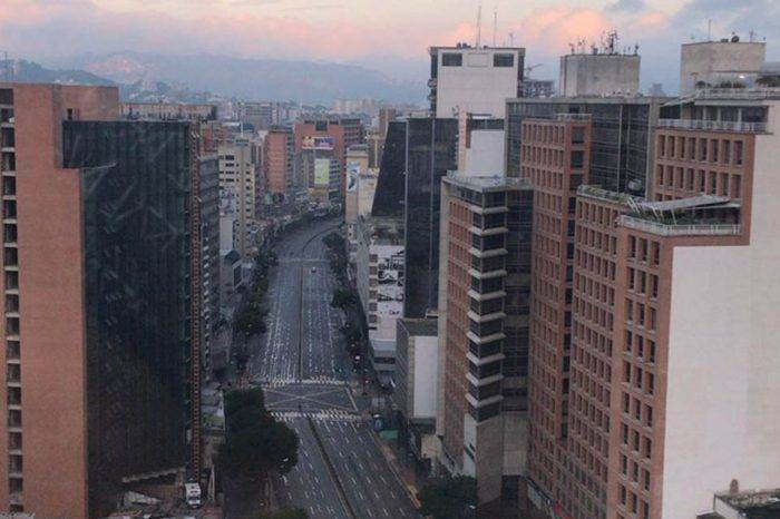 Caracas amaneció este #20Ago como una ciudad fantasma