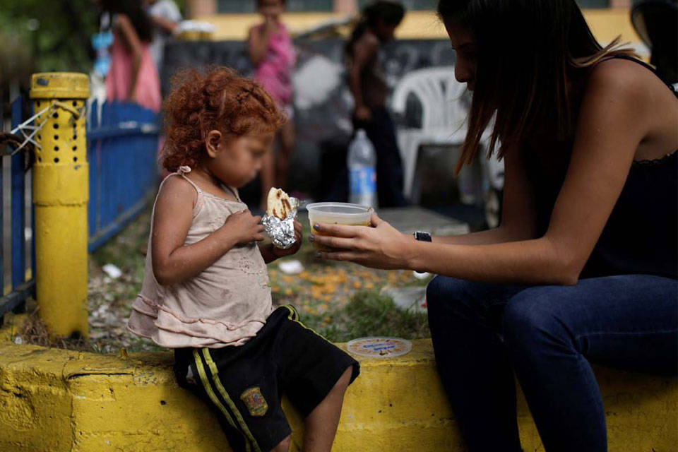 Desnutrición infantil. Foto: Twitter