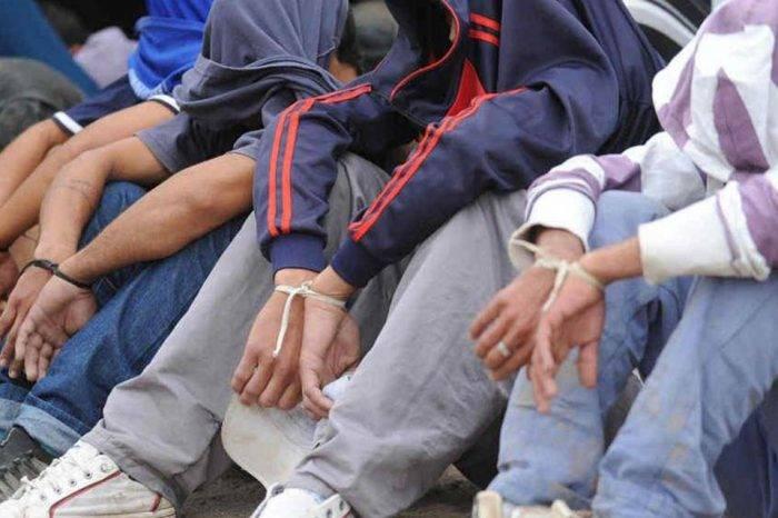 Detienen a 6 personas vinculadas con alijo de droga en autobús siniestrado en Ecuador