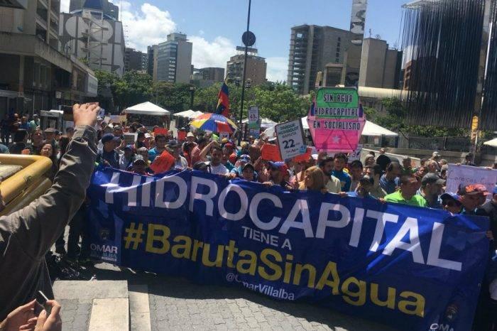 Levantaron muro de los lamentos en Hidrocapital durante marcha de Tobos Vacíos