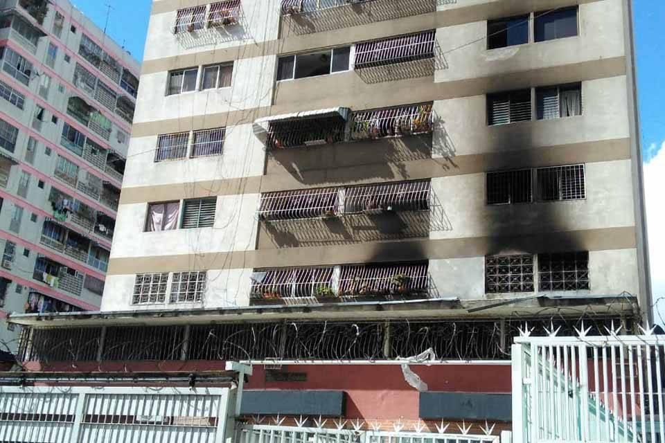 Incendio en edificio Don Eduardo