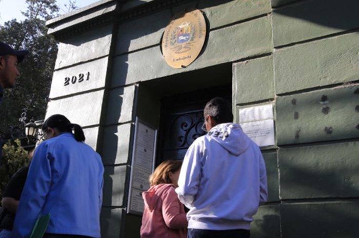 Venezolanos en Chile tendrán que pagar $50 para apostillar antecedentes penales