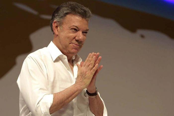 """Santos aseguró tener """"mejores cosas que hacer"""" que """"atentar"""" contra Maduro"""