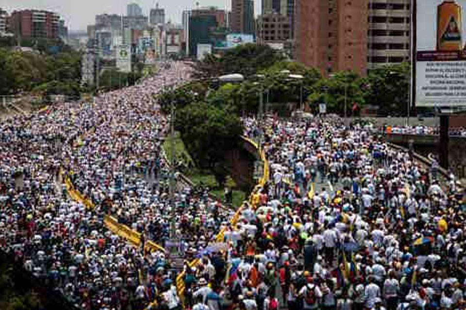 Mega marcha. Foto: Actualidad y Gente