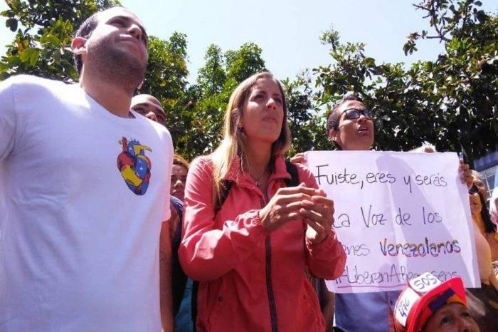 """Familiares de Requesens aseguran que hasta que no lo vean sigue """"desaparecido"""""""