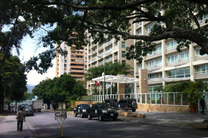 """Sebin desaloja Hotel Pestana por presuntos huéspedes implicados en el """"atentado"""""""