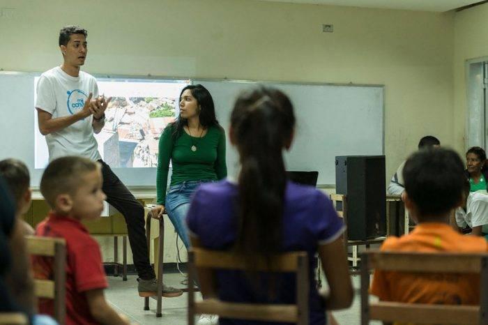 Aprendiendo y creciendo en Venezuela, por Roberto Patiño