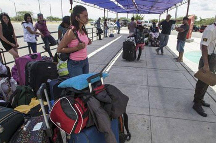 Amnistía Internacional pide a Perú garantizar acogida de migrantes venezolanos