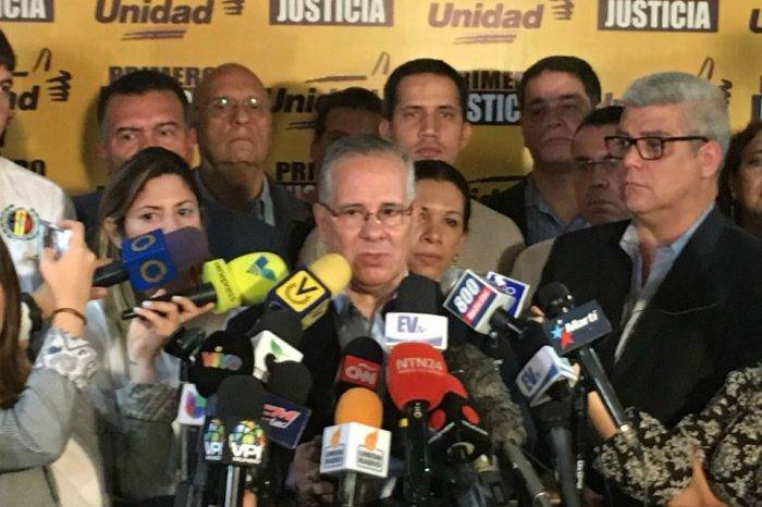 """Diputados califican el caso de Juan Requesens de """"desaparición forzosa"""""""