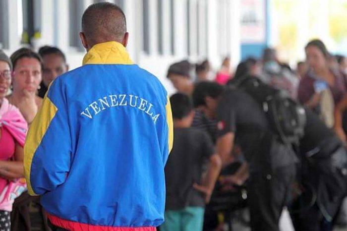 Perú ofrecerá refugio y transporte para inmigrantes venezolanos