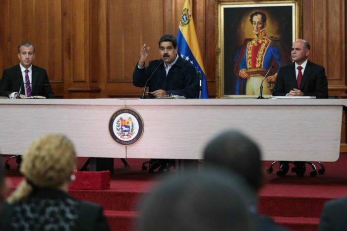 Maduro asegura que Pdvsa producirá un millón más de barriles diarios