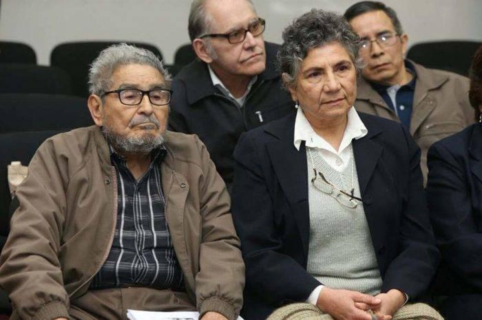 Justicia de Perú sentencia a cadena perpetua a 10 dirigentes de Sendero Luminoso