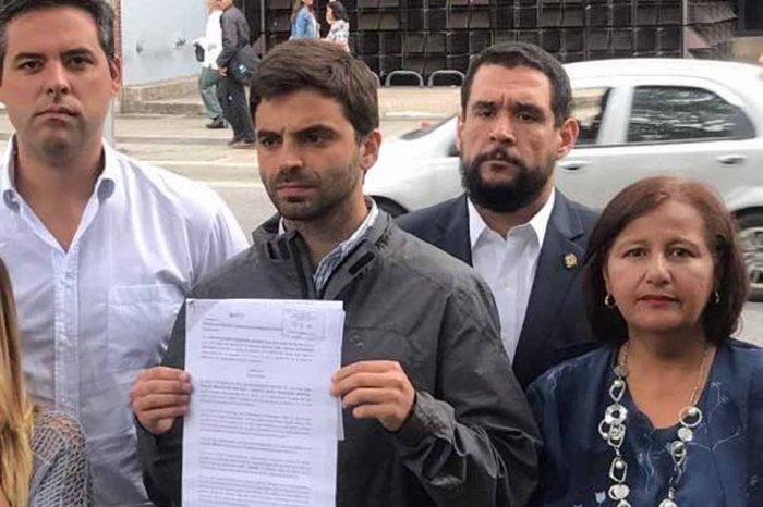 Diputados piden que se respeten derechos fundamentales de Juan Requesens