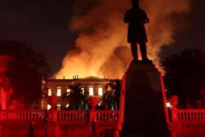 Museo en llamas, por Gioconda Cunto de San Blas*