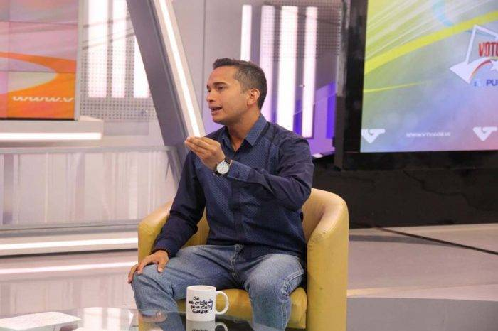 """Oficialista calificó éxodo de venezolanos como una """"moda"""""""