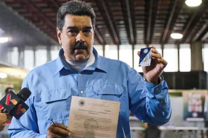 """Maduro """"madrugó"""" en el BCV para comprar de primero su """"lingotico"""" de oro"""