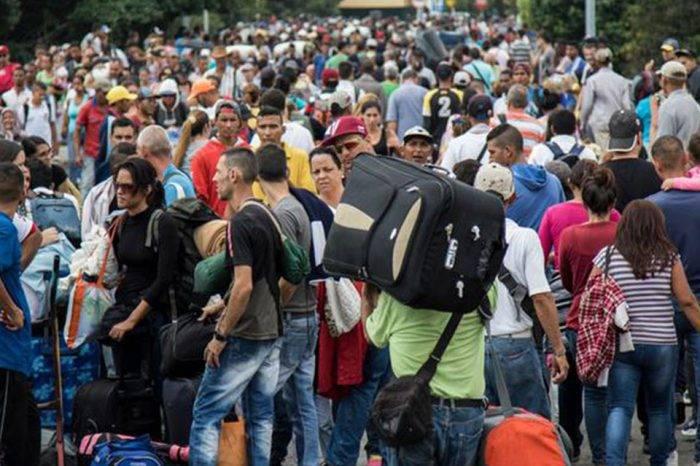 Chile y Colombia reiteran que crisis migratoria debe atenderse de forma conjunta