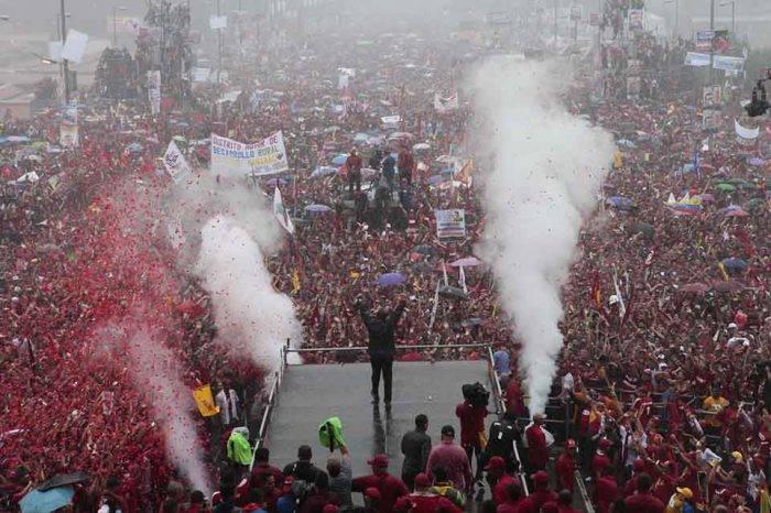 Populitarismo: fase superior de un desastre social, por Tony Rivera Chávez