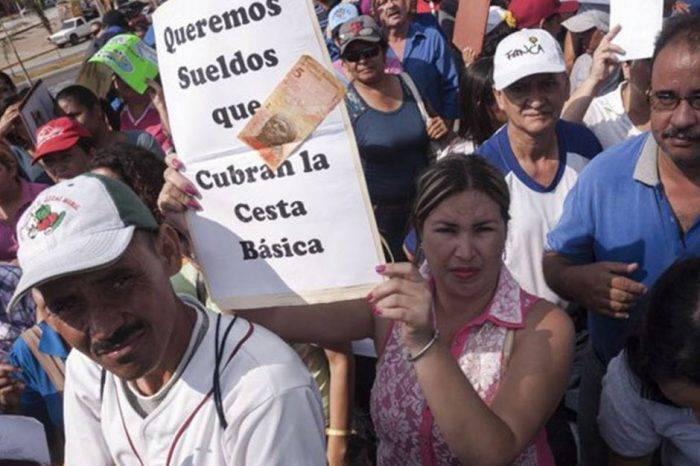 Maduro reduce el gasto público a costa de empobrecer a la clase trabajadora