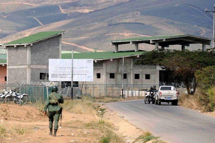 """Familiares de preso de Uribana con tuberculosis denuncian que """"lo dejaron morir"""""""