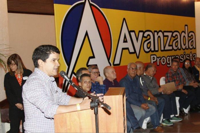 Luis Augusto Romero: Paquetazo rojo ha llevado la hiperinflación a la estratósfera
