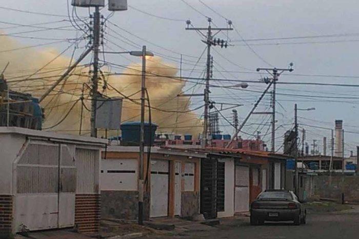 Denuncian fuga de gases por fallas en planta catalítica de Amuay