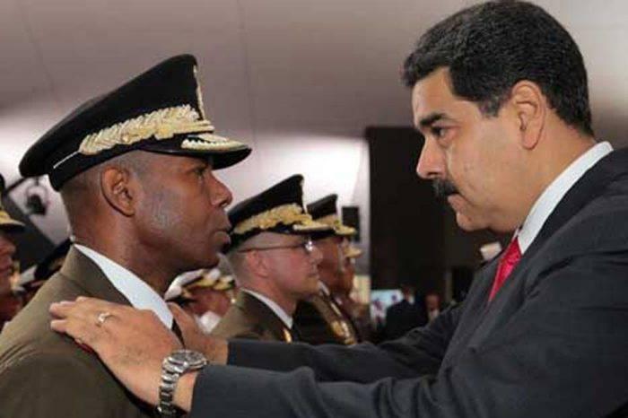 Cristopher Figuera dice a Padrino López que es hora de actuar para rescatar el país