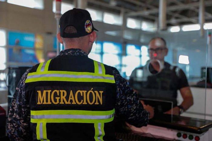 Detienen a dos funcionarios de la Policía Migratoria por presunto secuestro