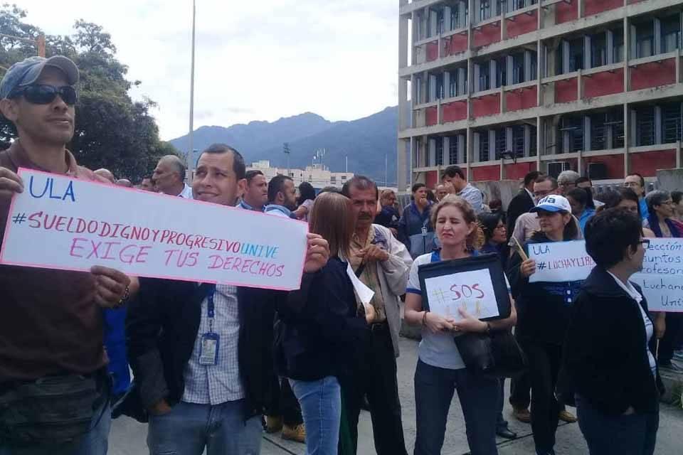 ULA protesta reclamos laborales
