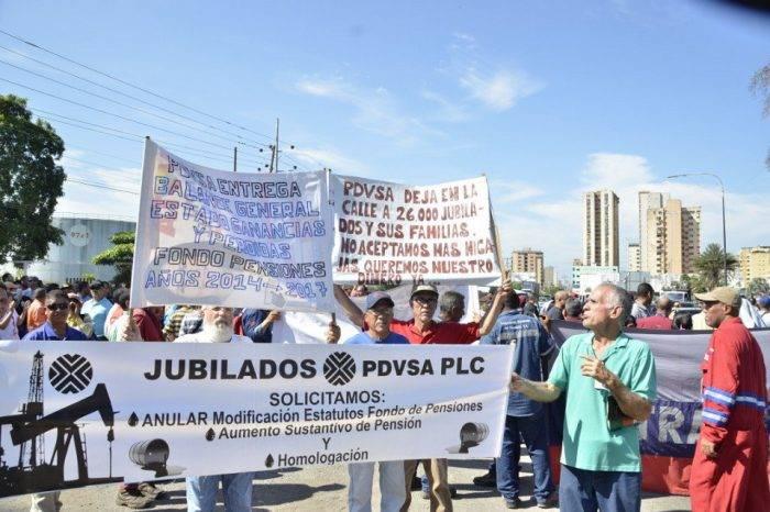 Activos y jubilados de Pdvsa Anzoátegui manifiestan en rechazo de desmejoras salariales