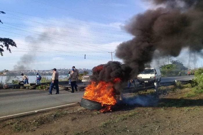 Trabajadores de Guayana protestan una vez más para exigir al Gobierno mejoras salariales
