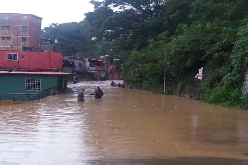 Inundaciones en Los Teques