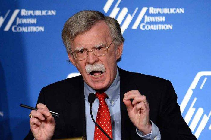 Bolton conversó con el canciller de Brasil sobre ayuda humanitaria para Venezuela