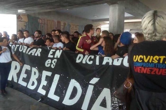 Represión en la UCV enturbió protesta por el Día del Estudiante Universitario