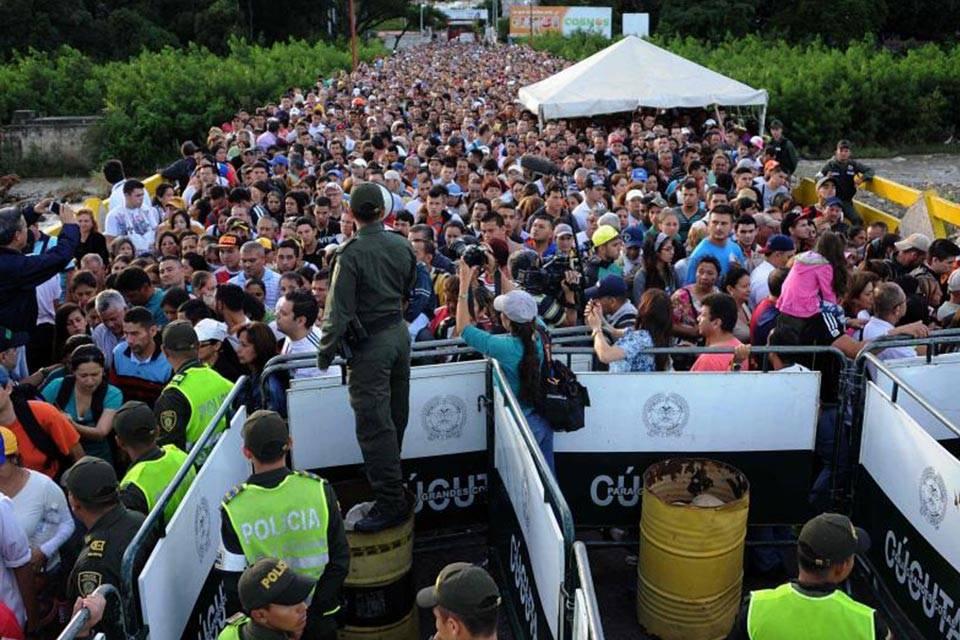 Venezolanos en Colombia: más capacitados pero los peor pagados