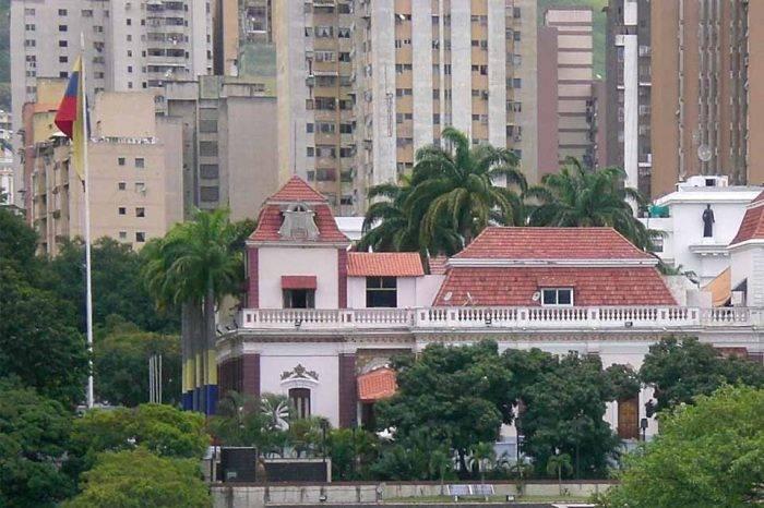 """""""En Venezuela reina un gobierno de ladrones"""", por  Marta de la Vega"""