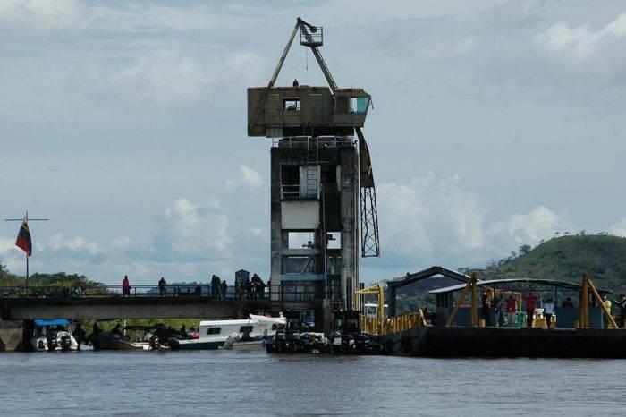 Denuncian sobre despliegue de aviones militares en capital del estado Amazonas