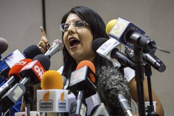 Indira Urbaneja: Caso de Alejandro Andrade demuestra que hay una sociedad de cómplices