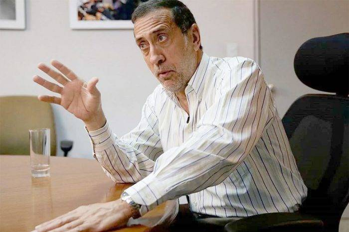 José Guerra rechaza orden del BCV para sustituir Visa y Mastercard