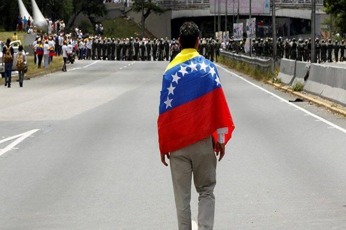 El camino a la libertad, por Simón García