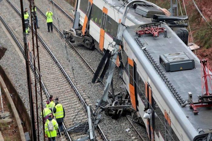 Accidente ferroviario dejó un muerto y cinco heridos cerca de Barcelona, España