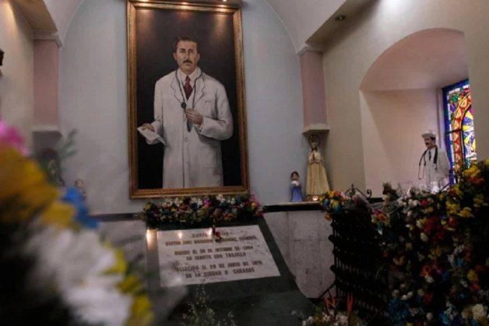 Cardenal Porras: Se prevé exhumar restos de José Gregorio Hernández