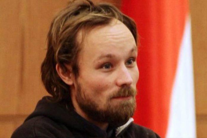 Excarcelan al periodista alemán Billy Six tras cuatro meses de detención