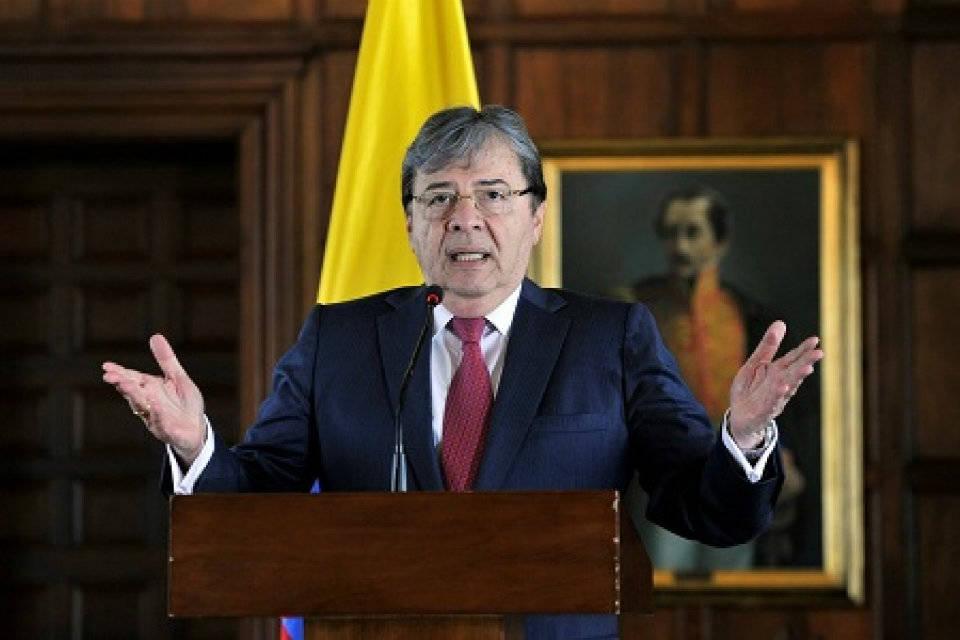 Colombia rechaza un posible adelantamiento de los comicios legislativos de Venezuela, posibilidad que baraja la írrita asamblea constituyente presidida por Diosdado Cabello