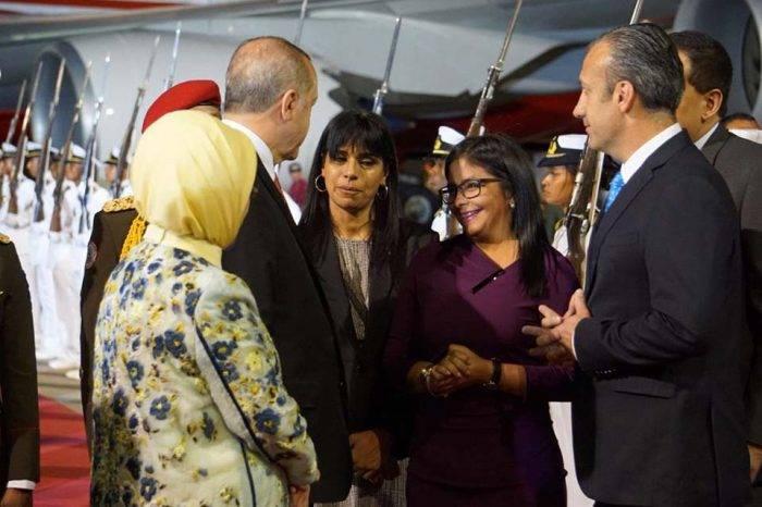 Presidente de Turquía llegó a Venezuela para reforzar lazos con el Gobierno