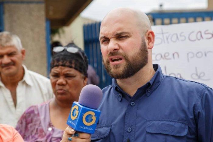 Iván Yáñez asegura que alcalde Tito Oviedo se burla al pueblo con entrega de perniles